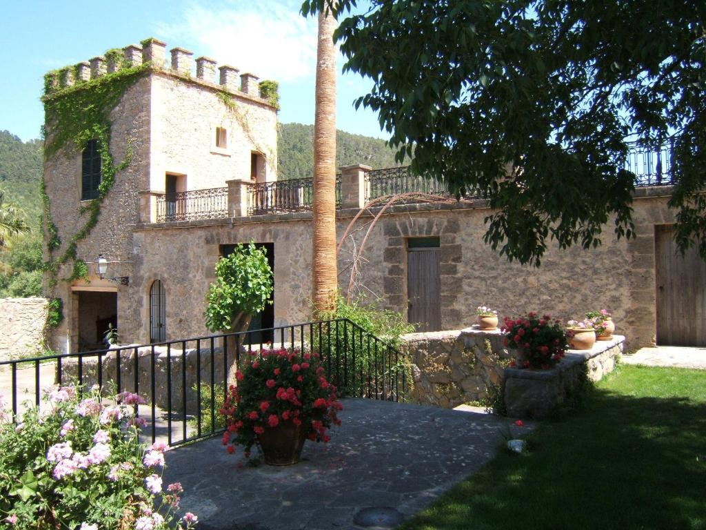 boutique hotels in puigpunyent  1
