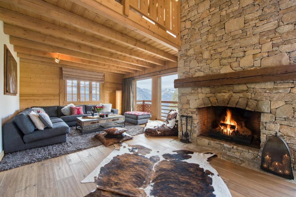 chalet alexia la tzoumaz switzerland. Black Bedroom Furniture Sets. Home Design Ideas