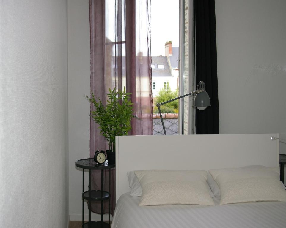 apartm n appart titanic cherbourg francie cherbourg. Black Bedroom Furniture Sets. Home Design Ideas