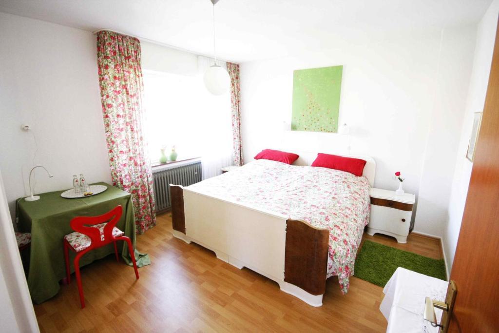 Bed and Breakfast Freunde schöner Götterfunken, Bonn, Germany ...