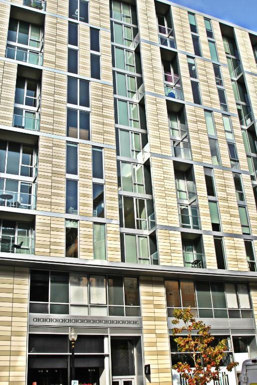 apartments at city center washington dc dc. Black Bedroom Furniture Sets. Home Design Ideas