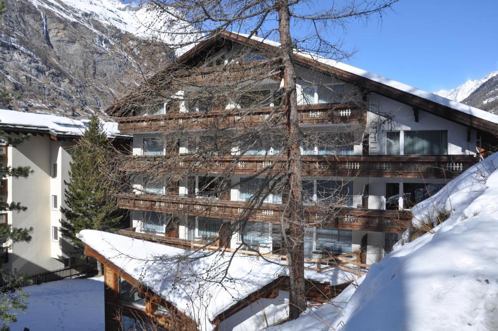hotel j gerhof zermatt switzerland booking com rh booking com