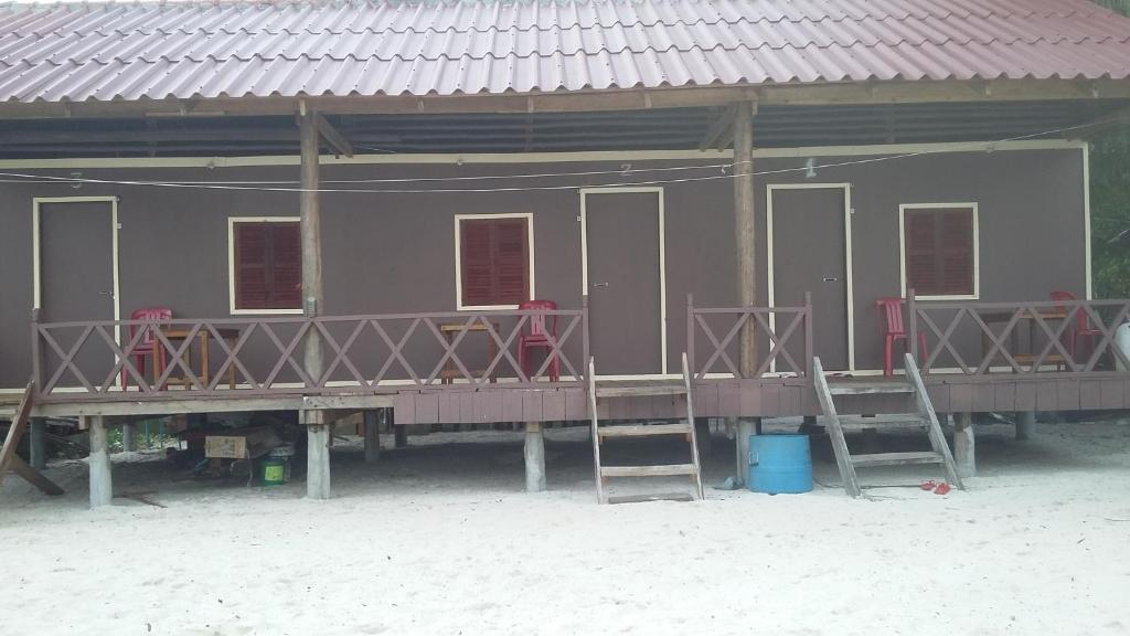 Sao Guest House during the winter