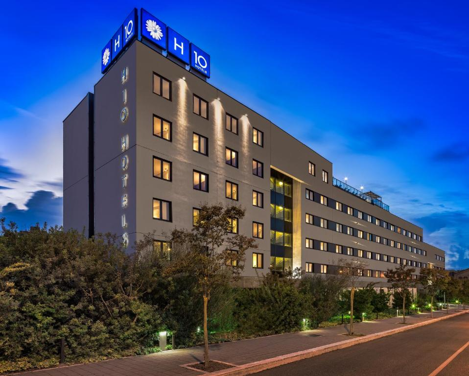 Hotel h10 roma citt rome italy for Hotel roma booking