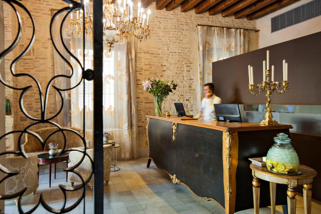 boutique hotels sevilla provinz  252