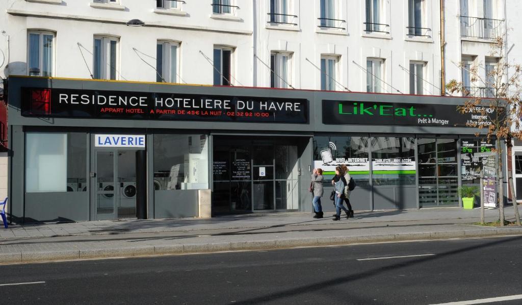 Hoteliere Rue Du Champs De Mars 17 51100 Reims Reims France Fr Europe