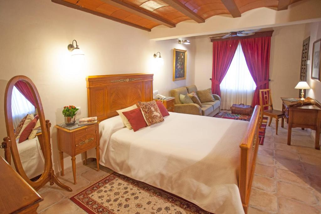 boutique hotels in alcoy  14