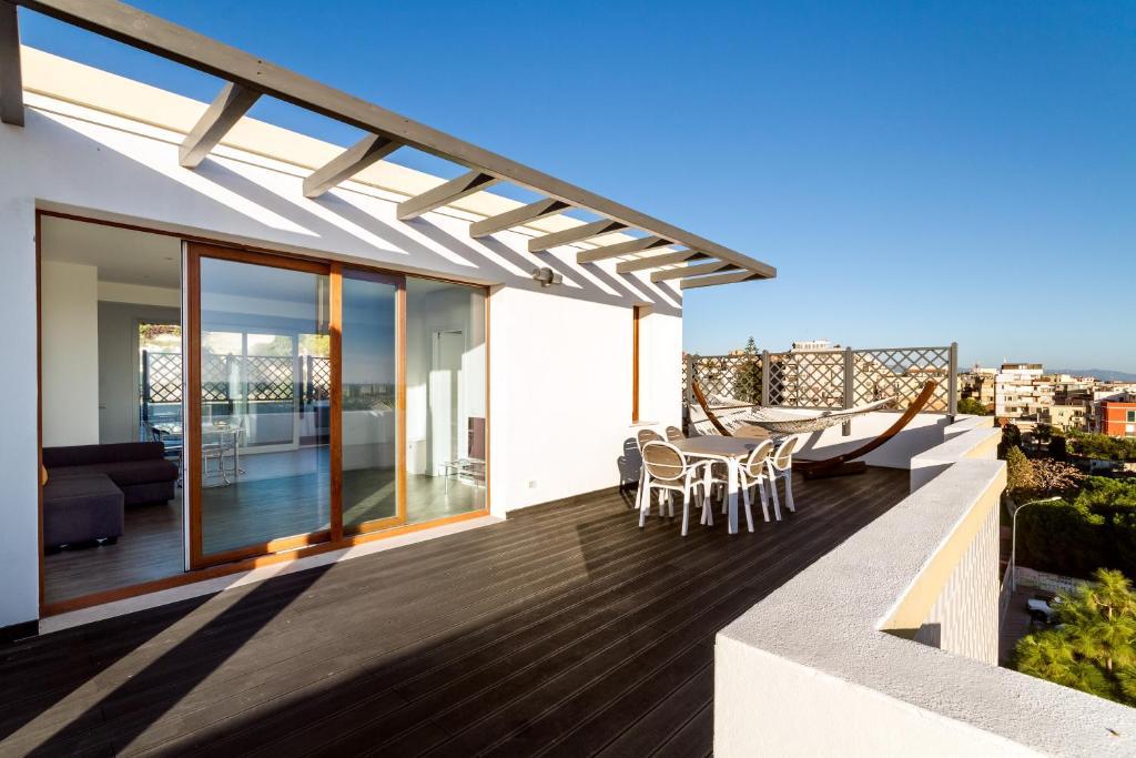 Apartamentai la terrazza di olimpia kaljaris skaitant nuotraukas - Terrazzi di design ...