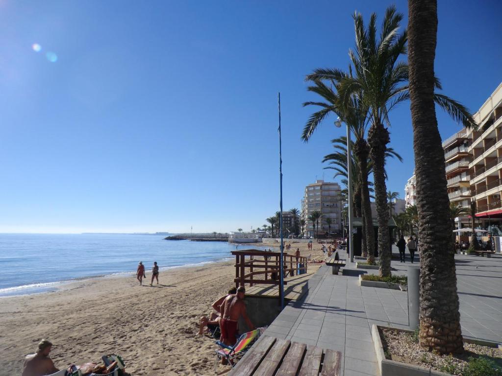 Casa en la costa playa del cura torrevieja updated 2019 - Casa de playa ...
