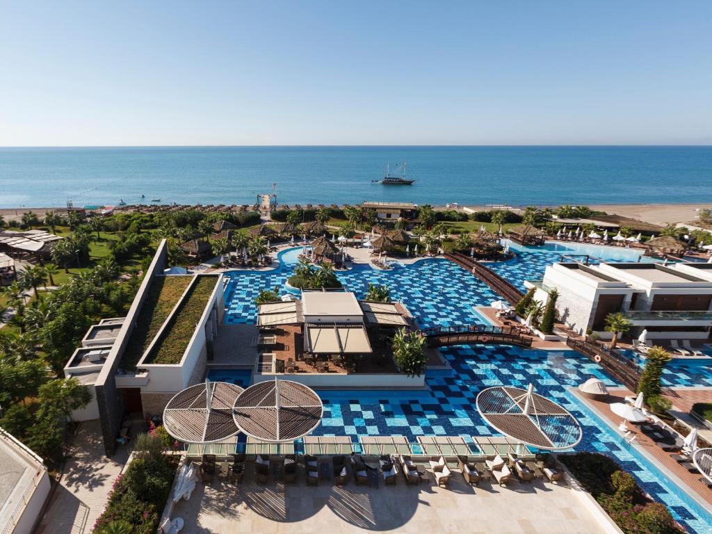 Насладитесь великолепным сервисом в Sensimar Belek Resort & Spa