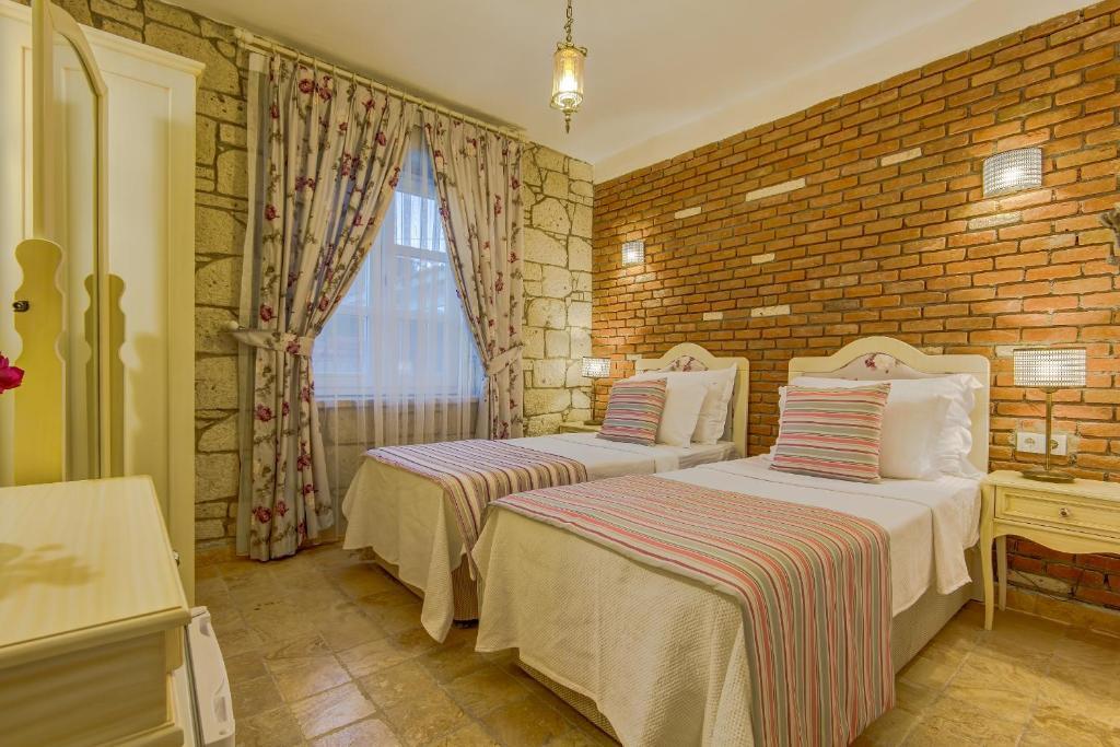 AlaNarin Hotel