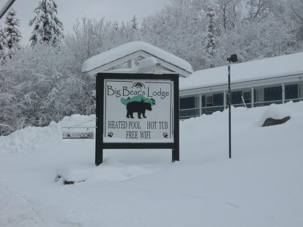 Big Bears Lodge during the winter