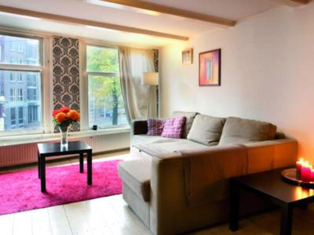 Cool Bed Bed And Breakfast Amsterdam Cool Apt Netherlands Bookingcom