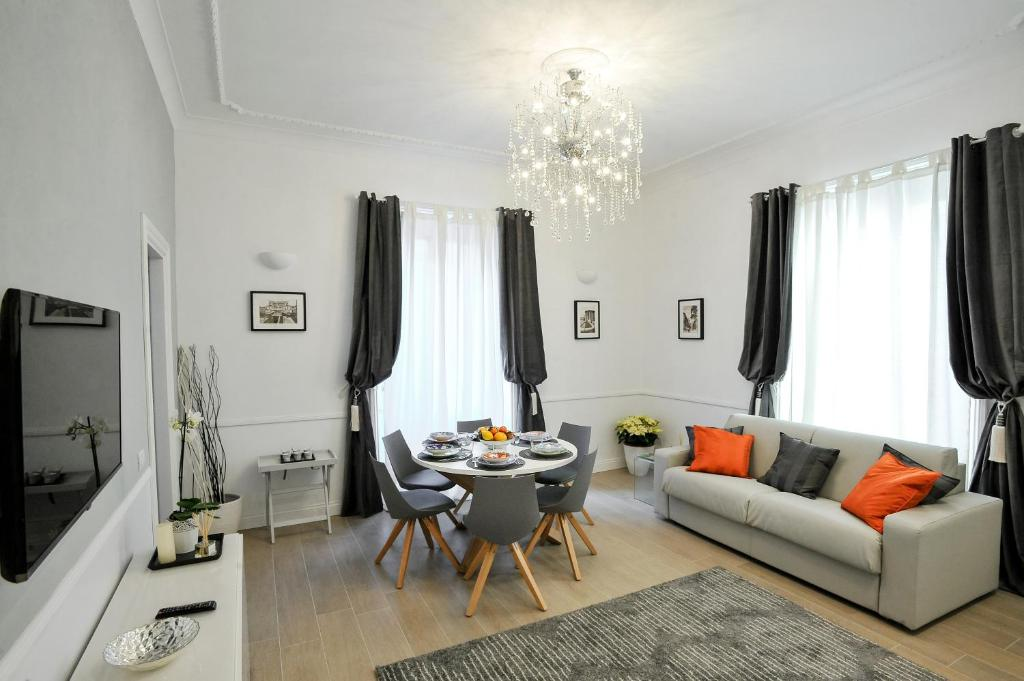 Apartment angelica rome italy for Interni di appartamenti