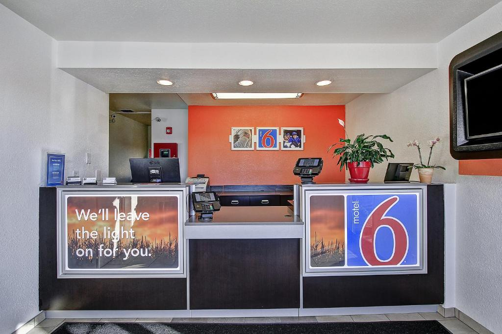 Motel 6 Green Bay Reserve Now Gallery Image Of This Property