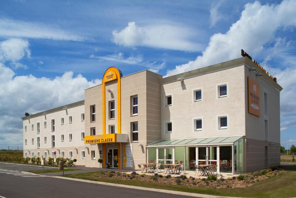 Premiere Classe Maubeuge, Feignies – Updated 2019 Prices 89db2efb5b68