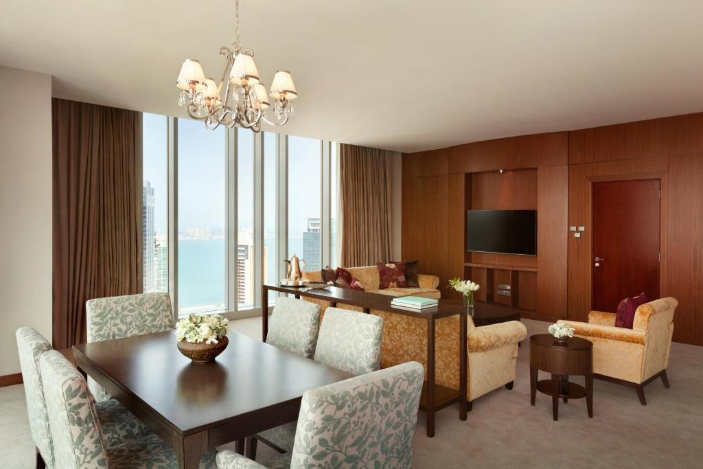 shangri la hotels porters five forces Book shangri-la hotel, doha in doha at discounted rates read 106 hotel guest reviews of shangri-la hotel, doha and book today.