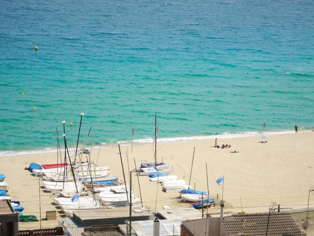 Apartment Tiana Seaview & Beach, Montgat, Spain - Booking.com