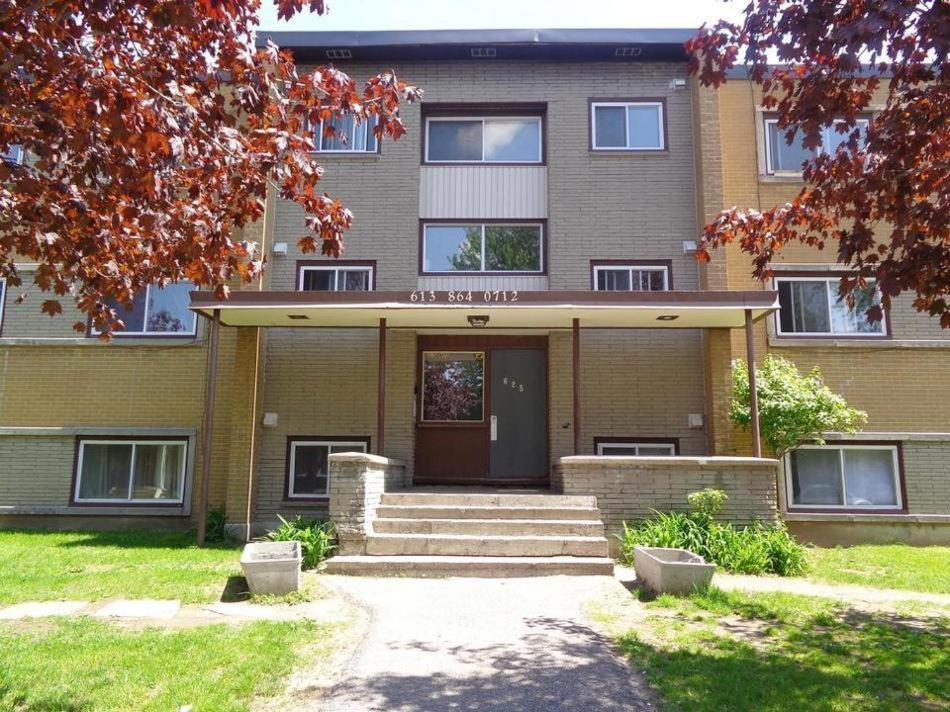 Adib Apartments - 630 Cummings Ave,, Ottawa, Canada ...