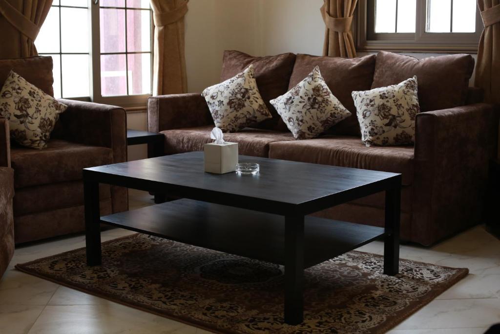 Living Room Kuwait aparthotel continental suite salmiya, kuwait, kuwait - booking