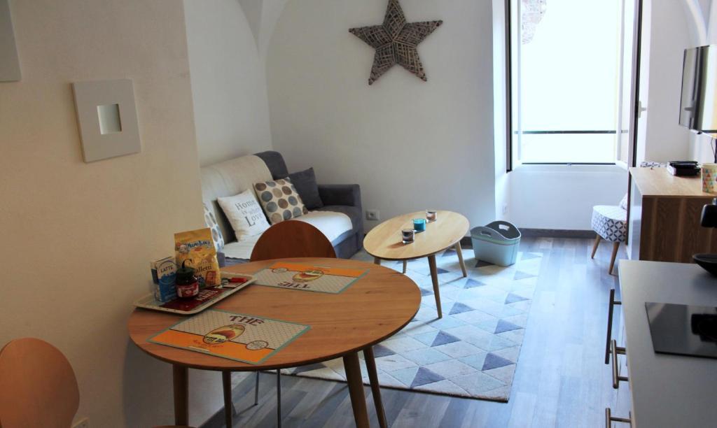 Apartments In Agaggio Inferiore Liguria