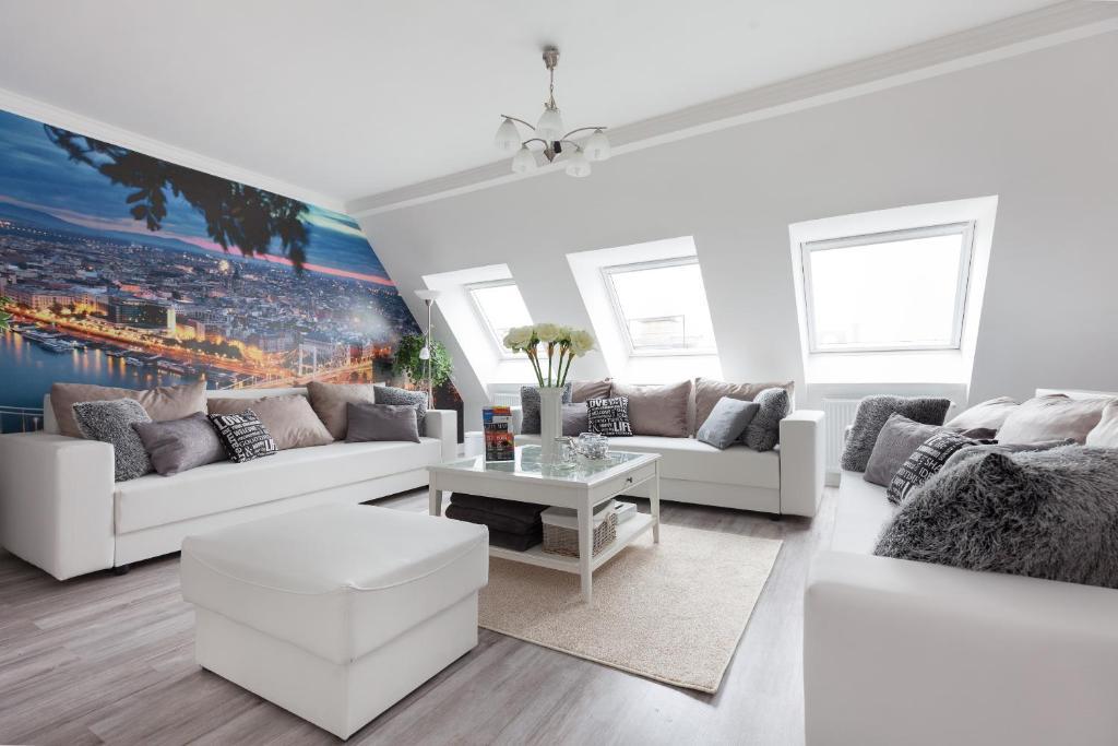 Dream Homes Apartment BOKRETA, Budapest - Updated 2018 Prices
