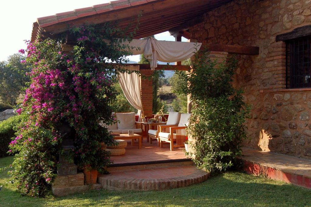 boutique hotels in cuacos de yuste  6