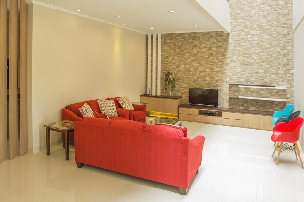 Daily Home Villa Dago Bandung Indonesia