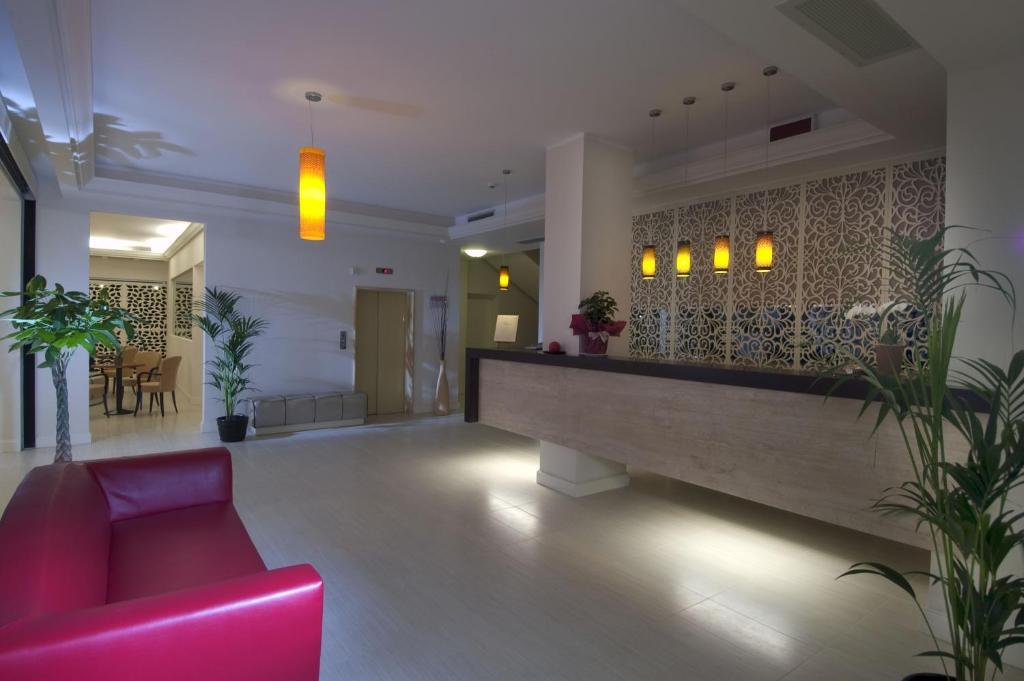 Hotel Excelsior Le Terrazze, Garda, Italy - Booking.com