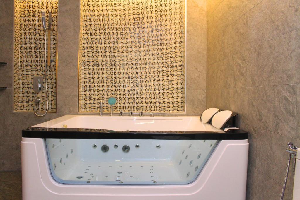 Bathroom Accessories Johor geobay hotel, johor bahru, malaysia - booking