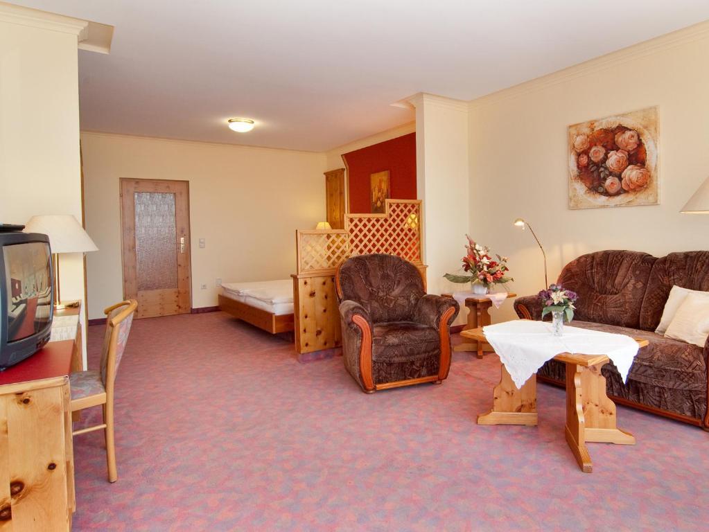 Hotel Kronberg Garni Deutschland Bodenmais Booking Com