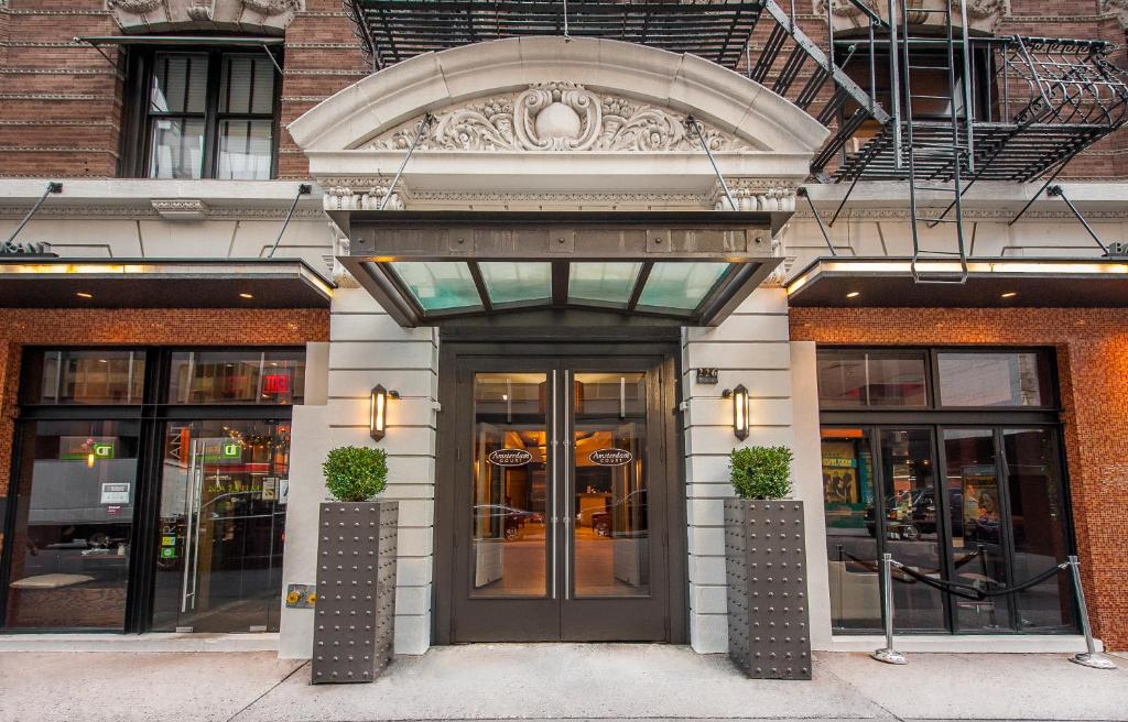 Amsterdam court hotel new york city ny for Booking hotel amsterdam