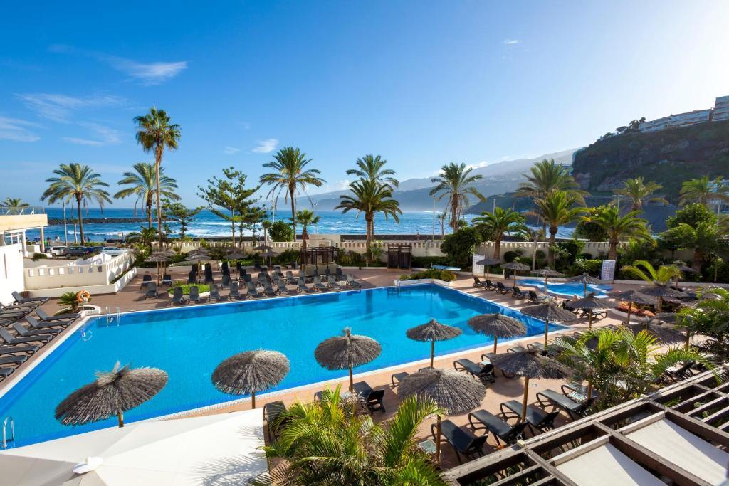 Hotel sol costa atlantis tenerife espa a puerto de la - Piscine martianez tenerife ...