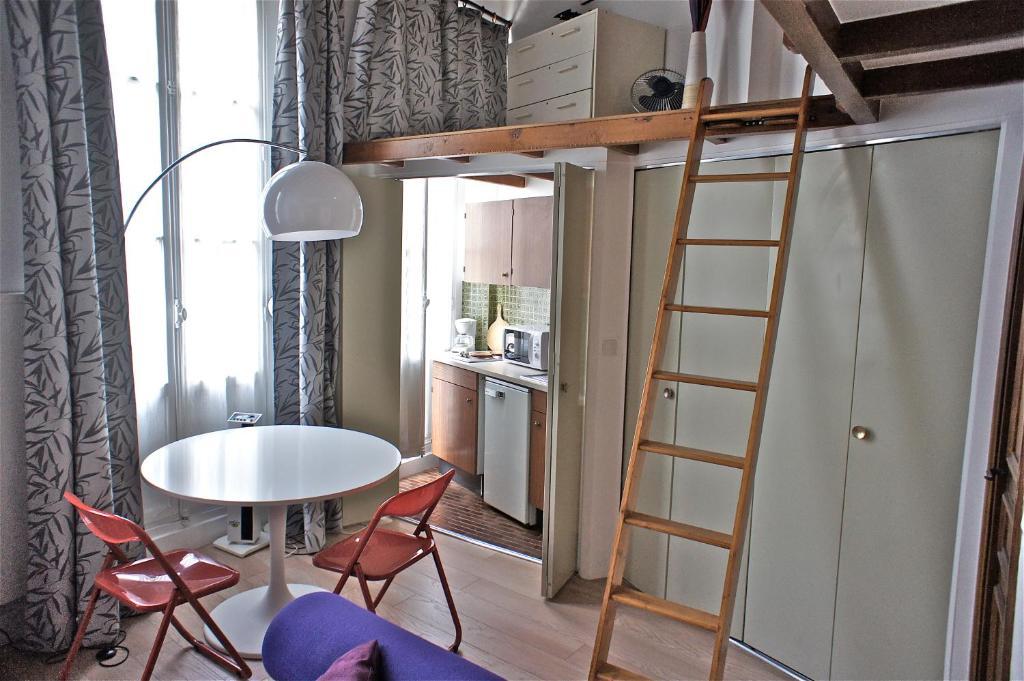 Apartment Studio Mezzanine Saint Germain des, Paris, France ...