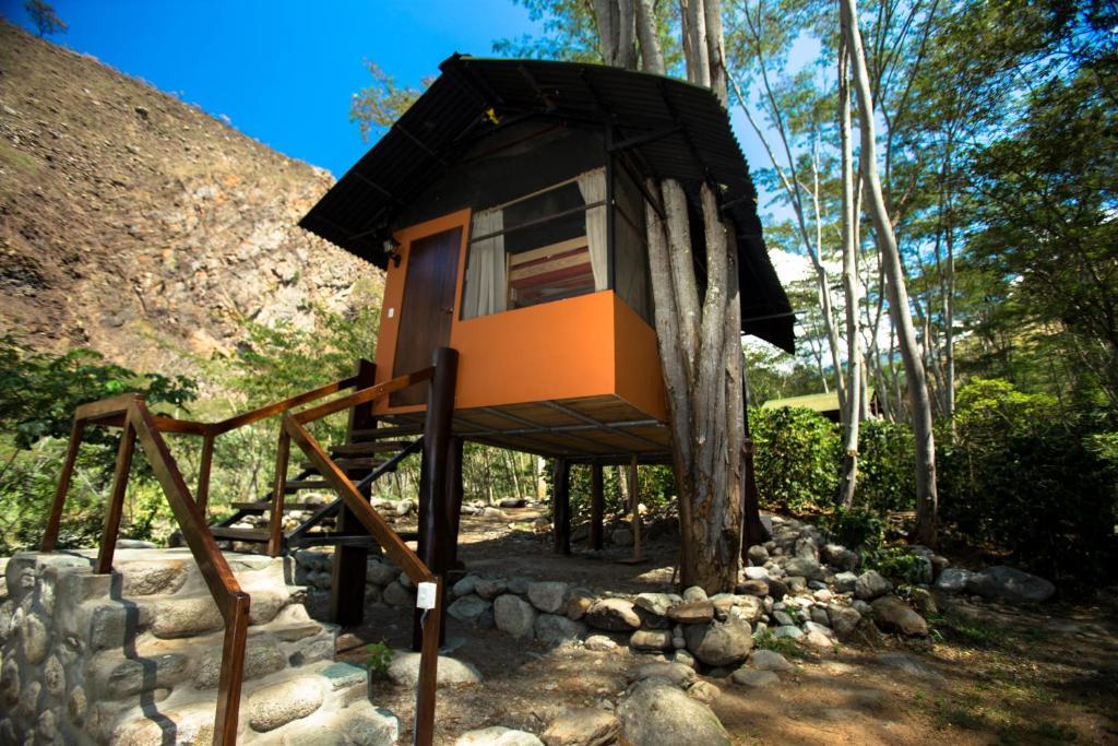 Cola de Mono Lodge