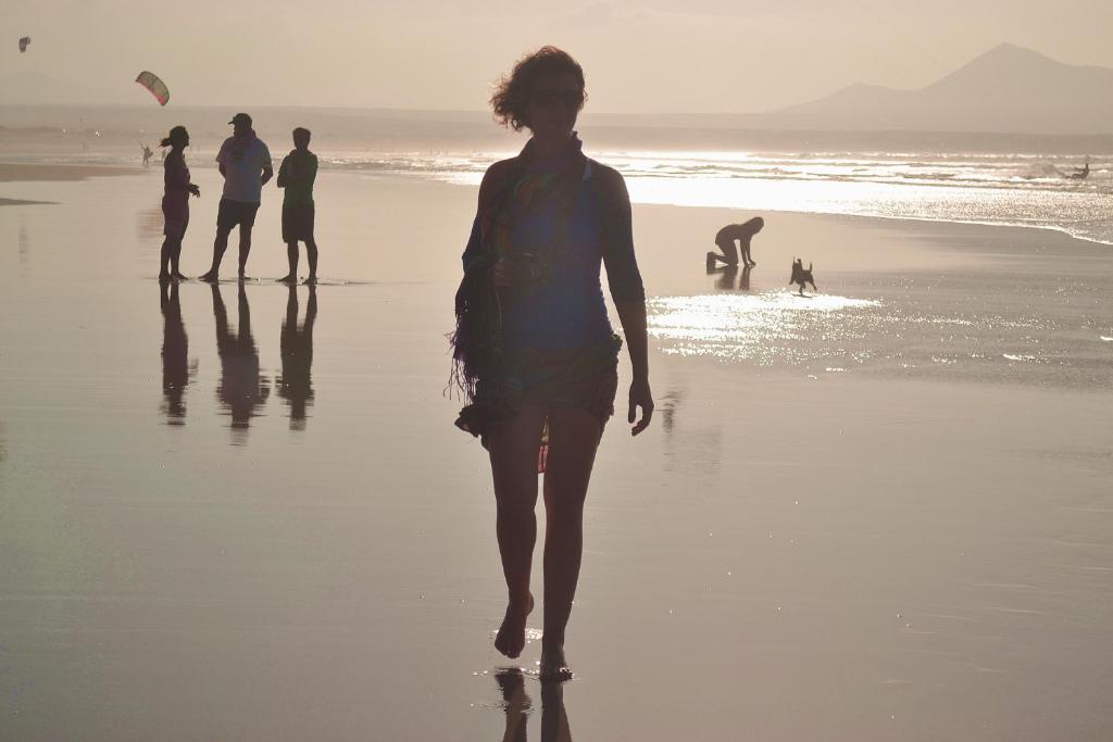 Bonita foto de Absolute Beachfront Apartment