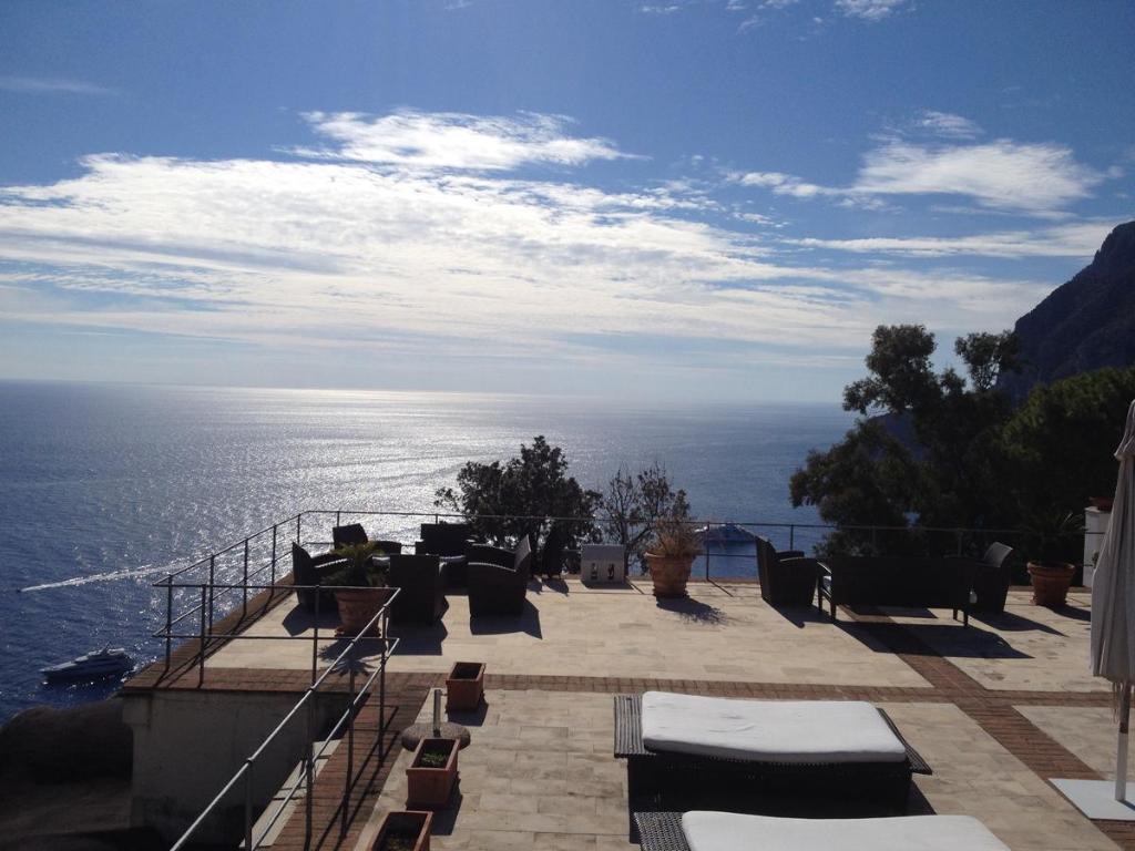 Tragara luxury villa capri italy for Capri luxury villas