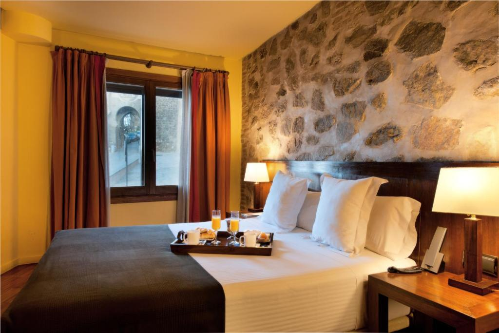 boutique hotels toledo  12