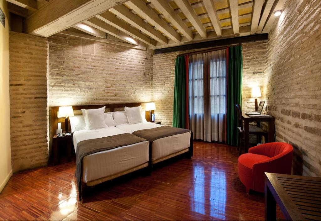 boutique hotels toledo  9