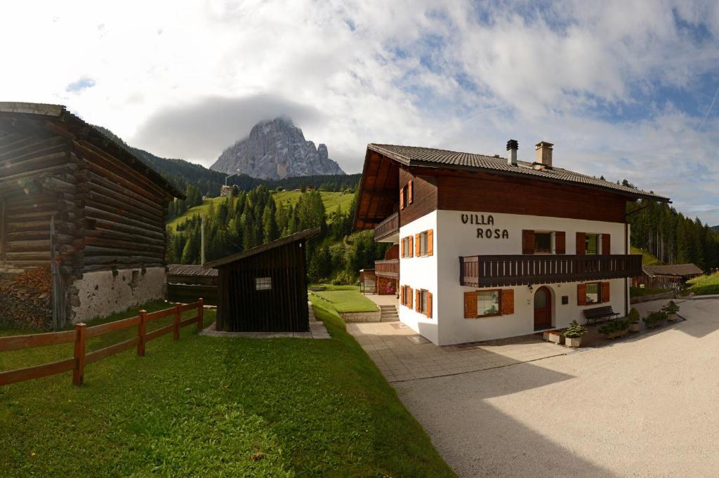 Apartments Villa Rosa, Selva di Val Gardena – Prezzi aggiornati per ...