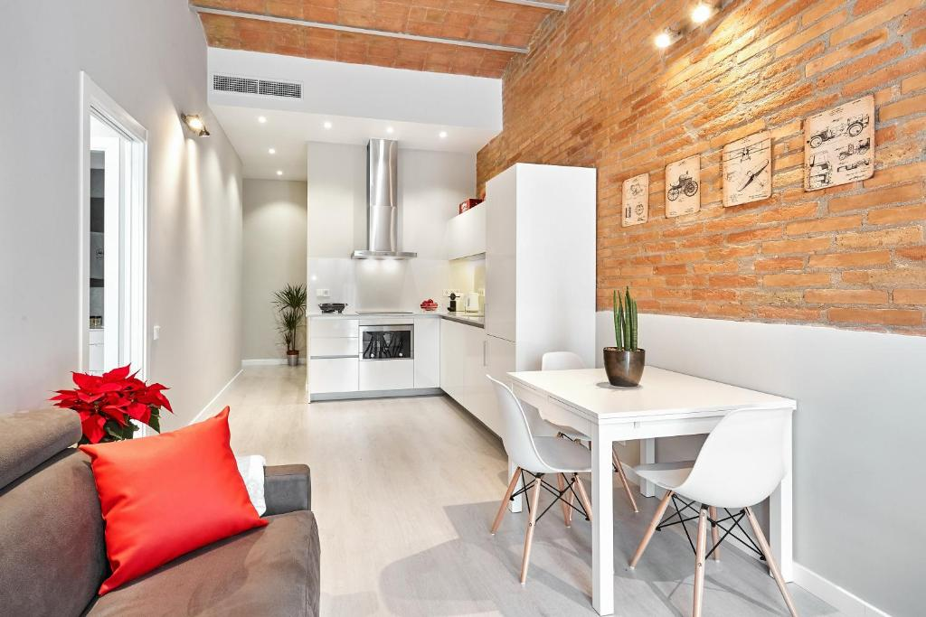 Urban District Vintage Suites, Barcelona – Updated 2018 Prices