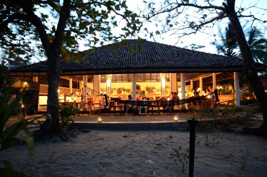 Arugam Bay Hotel Beach Hut