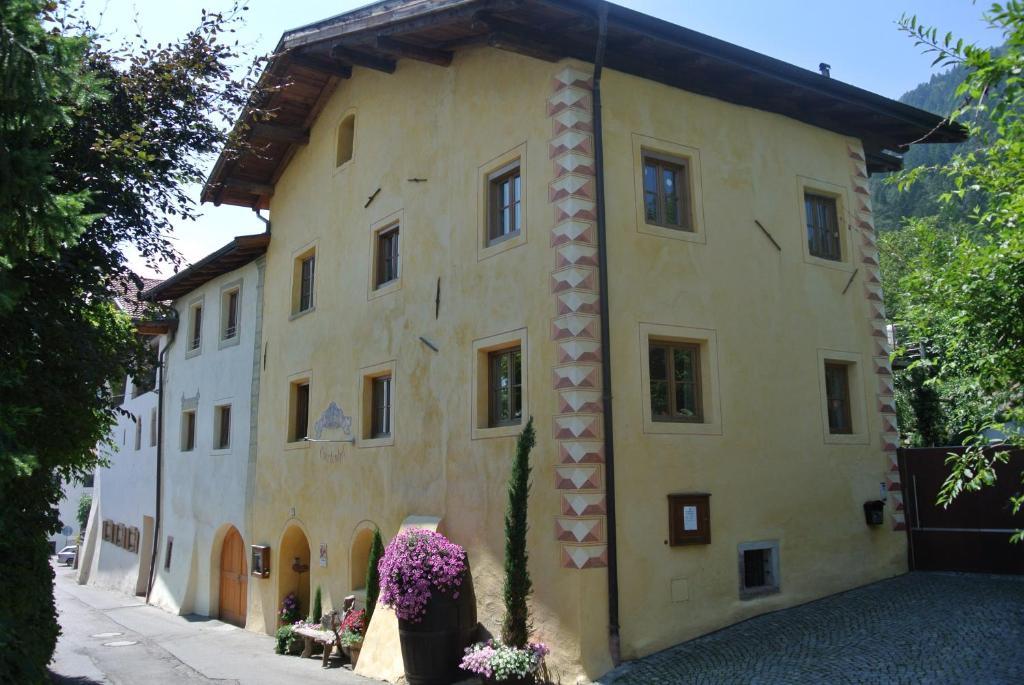 Nearby hotel : Ansitz Gurtenhof