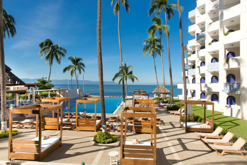 Mexico Pictures Net Golden Crown Paradise Resort Puerto Vallarta