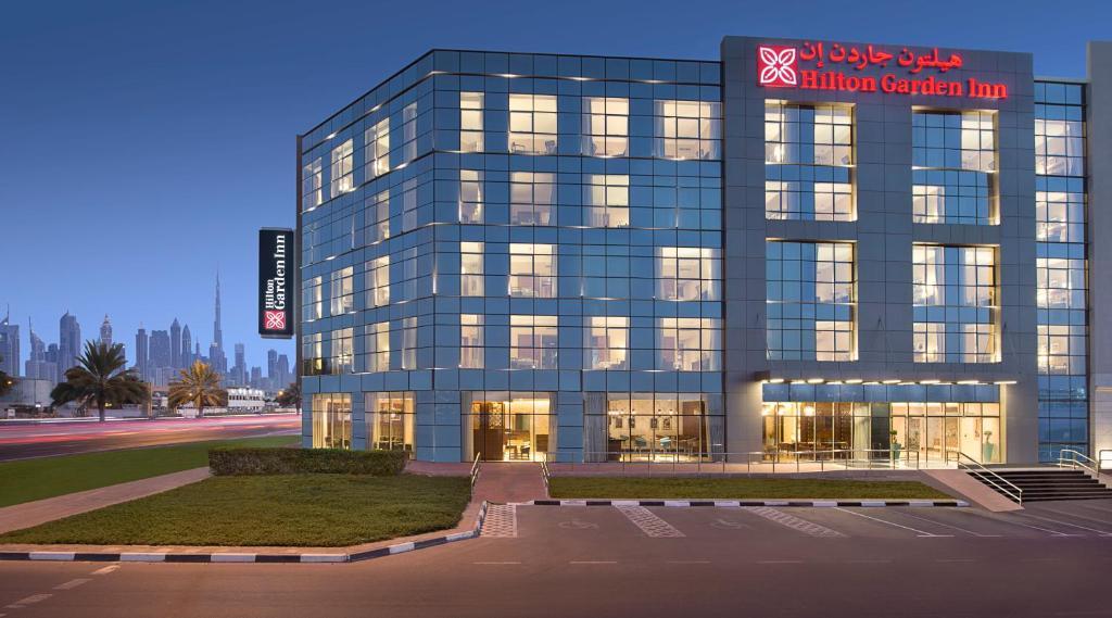 Hilton Garden Inn Dubai Al Mina, UAE - Booking.com