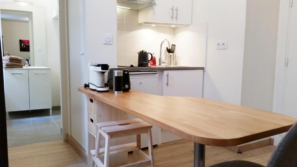 appartement toulouse saint cyprien france toulouse. Black Bedroom Furniture Sets. Home Design Ideas