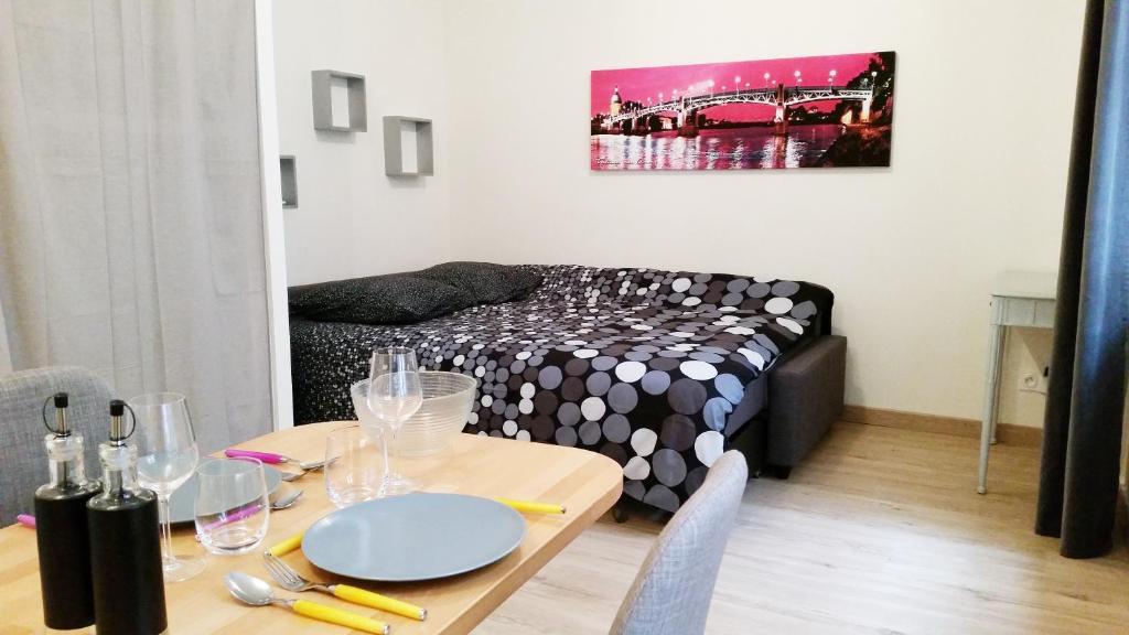Appartement toulouse saint cyprien france toulouse - Garage saint cyprien toulouse ...