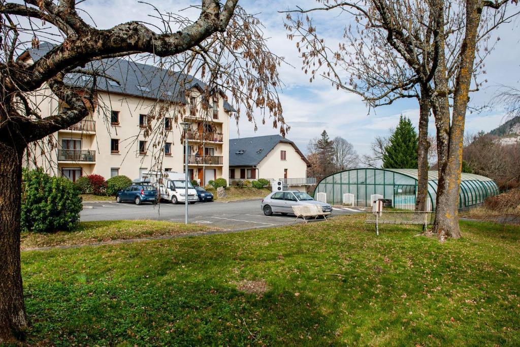 Apartments In Pontacq Aquitaine