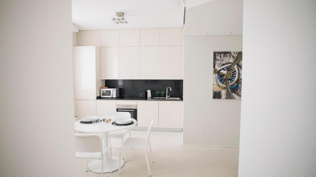 A kitchen or kitchenette at Italianway-Turati