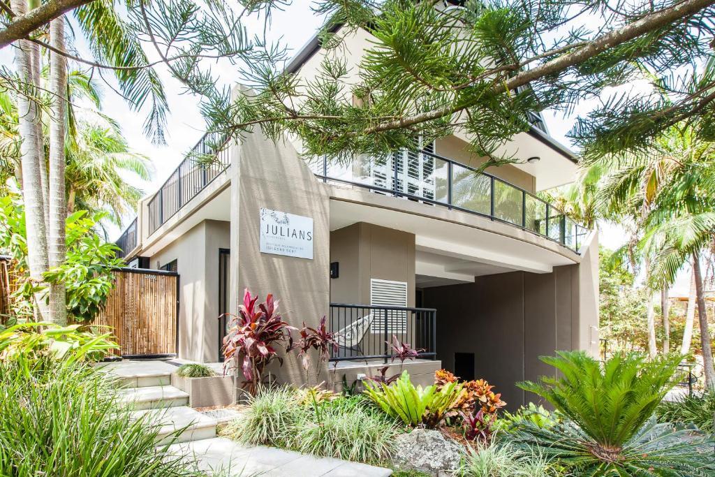 Julians Apartments Byron Bay Australia Booking Com